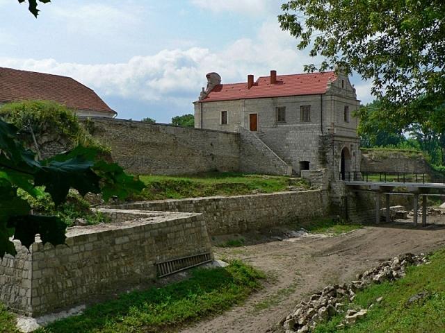 Замки Тернопольской области